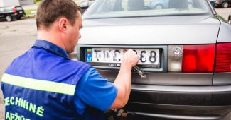 Kaip nustatyti automobilio savininką pagal numerį